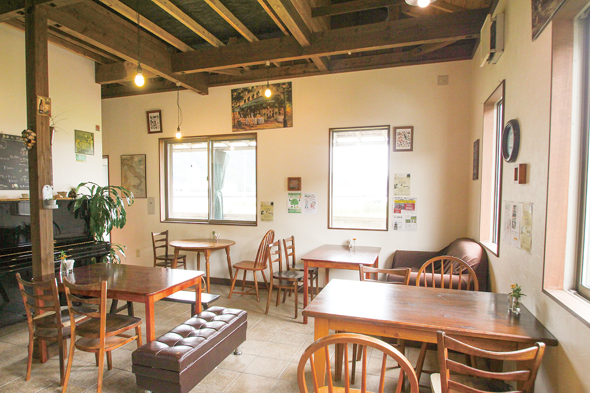カフェ コボタナ(cafe COVO TANA)
